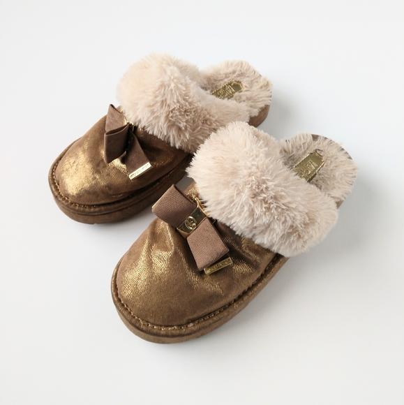 Fuzzy Slip On Sliders Slippers Kids 2